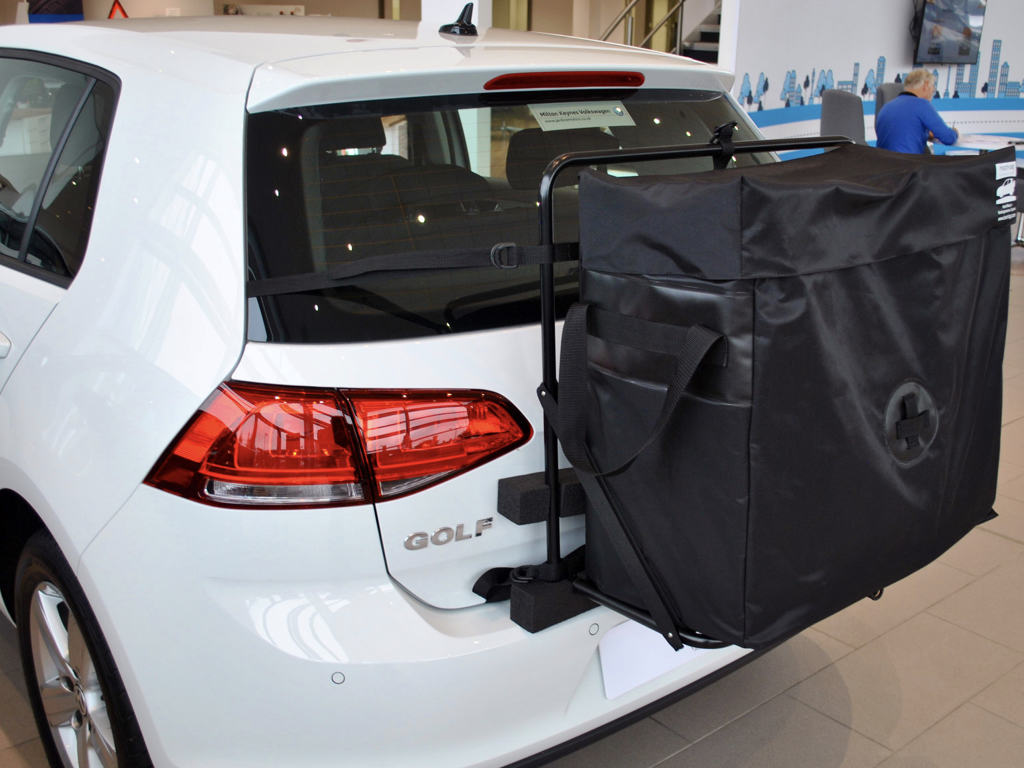 vw golf gti roof box alternative hatchbag fitted to a white mk7 Gti