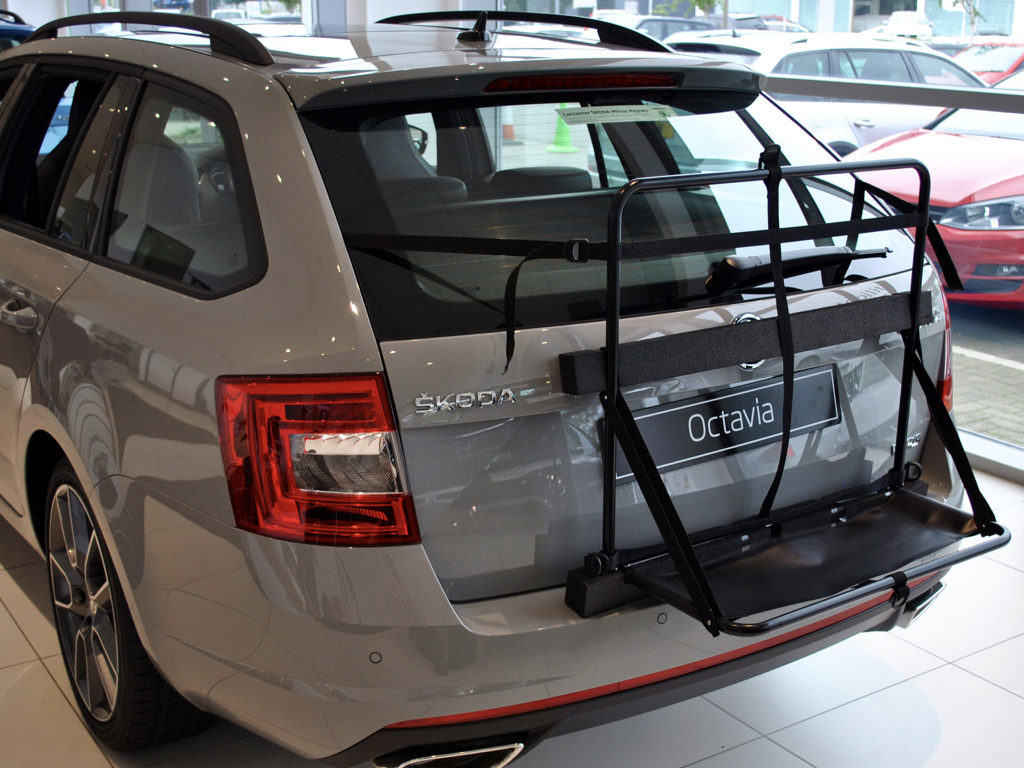Skoda Octavia Estate Roof Box No Bars No Clamps No Fuss